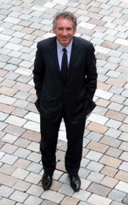 Comité de soutien à François Bayrou en Ariège sous-les-paves-188x300
